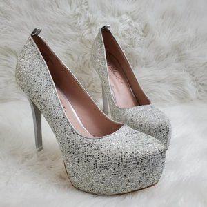 Sparkly silver glitter platform almond toe heels 8
